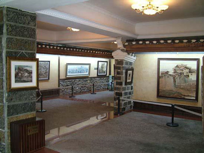 The gallery of Sandstone Painting in Zhangjiajie