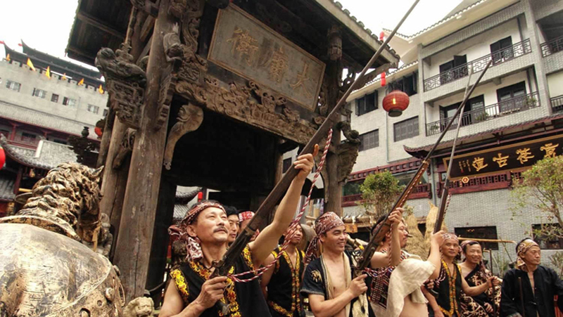 Tujia tradition vulgar and culture