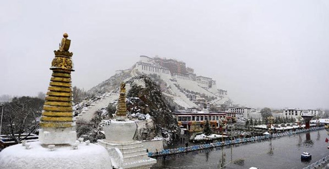 Tibet Receives Record Q1 Tourists