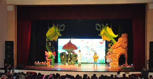 First Magic Show for Parent-child Held in Changsha,China