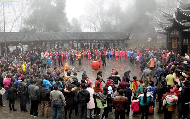 Zhangjiajie Tujia People's New Year Customs
