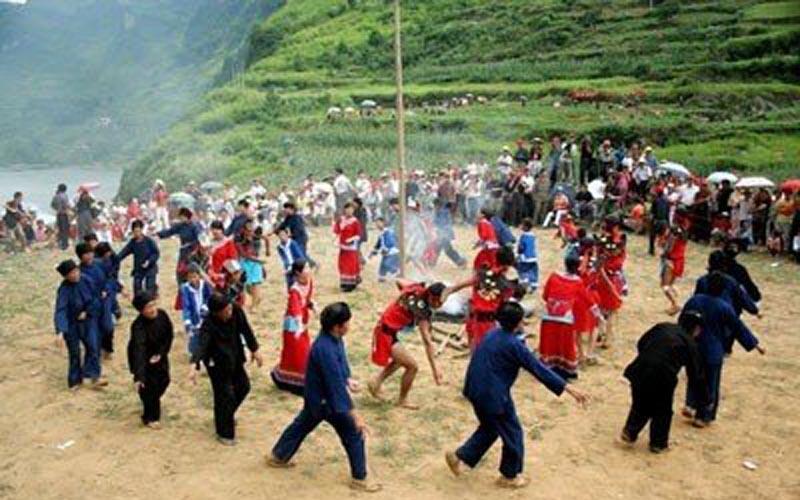 Tujia Funereal Dance in Zhangjiajie