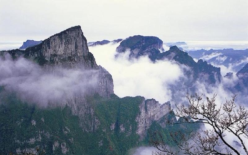 /www.zhangjiajietourism.com