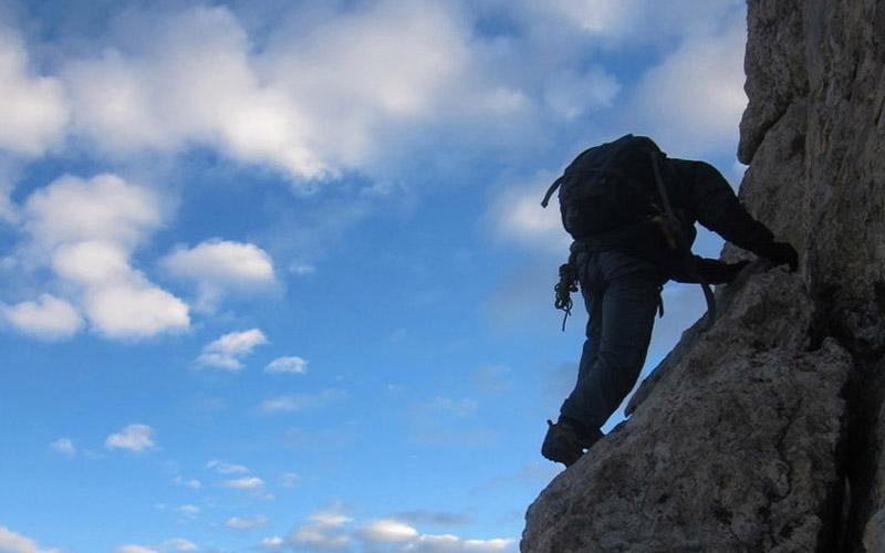 The common sense of climbing mountains