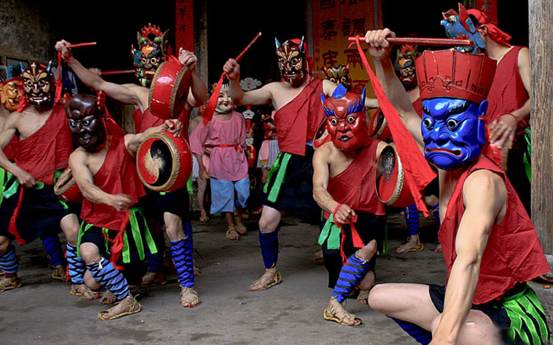 Hunan Nuo Opera Performance Celebrates Cultural Heritage Day