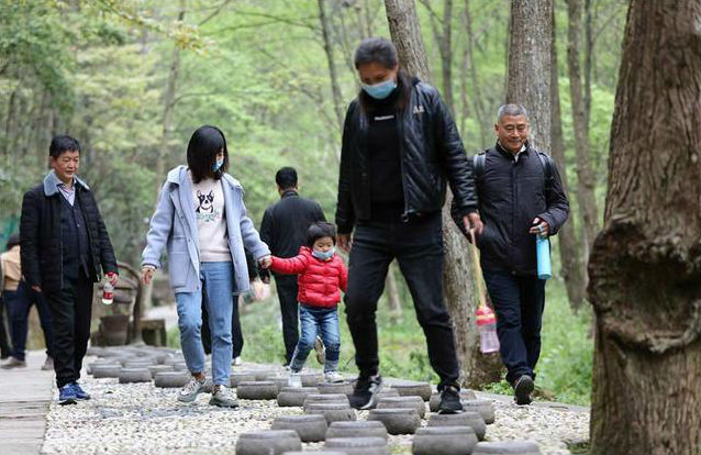 Zhangjiajie can be visited for foreigners who stay in China